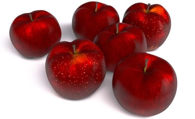Плоды яблони Кубанское багряное